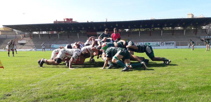 Los jiennenses no jugaban un encuentro de rugby desde el 7 marzo y lo notaron en su compenetración./ JAÉN RUGBY