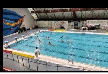 Encuentro entre el Club de Natación de Jaén y el Club deportivo de waterpolo de Málaga B. / A. ADAMUZ