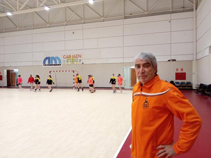 El nombre de Justo Gámez está relacionado con ADA JAÉN, equipo que consiguió estar en la máxima categoría del balonmano español. / GAB Jaén